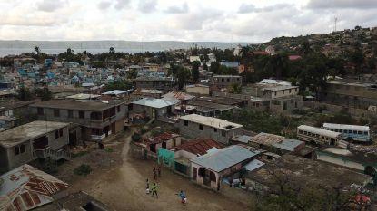 Zware naschok treft Haïti dag na dodelijke aardbeving