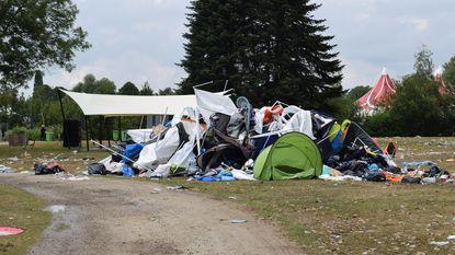 Camping Qontinent lokt veel tentenjagers, politie int 15.000 euro aan boetes