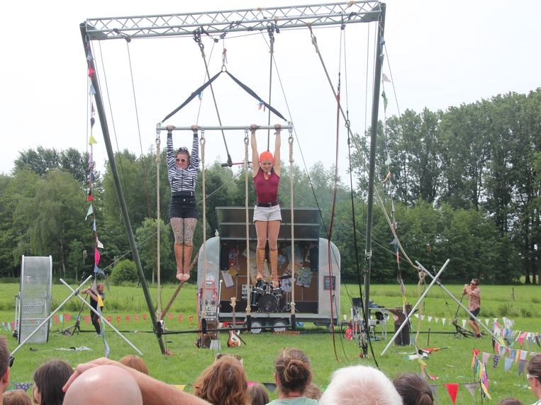 Circus Marcel bracht enkele indrukwekkende acts op Camping Cultuur in Lede.
