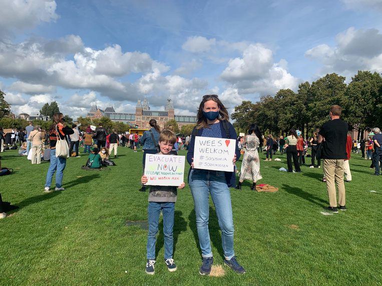 Het protest op het Museumplein tegen het vluchtelingenbeleid. Beeld Raounak Khaddari