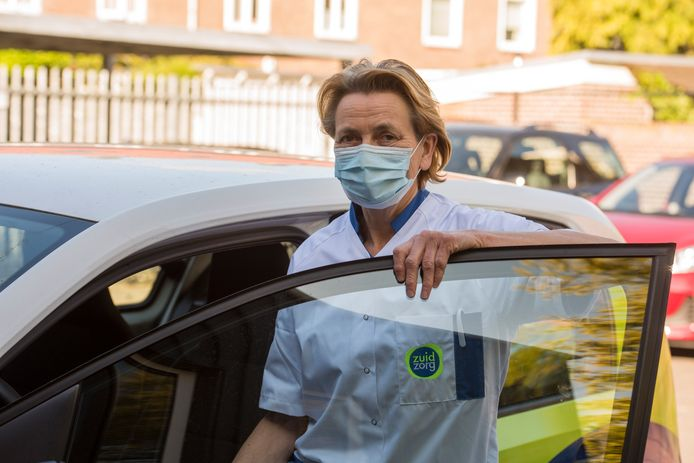 Wijkverpleegkundige Hannie van Diest.