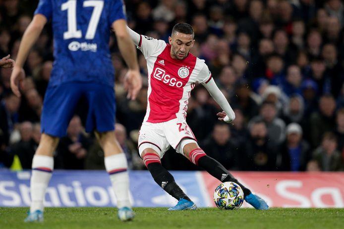 Hakim Ziyech verruilt Ajax voor Chelsea.