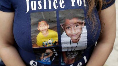 Amerikaans koppel krijgt doodstraf en levenslang voor doodmartelen zoontje (8) 'omdat hij homo was'