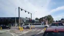 Trouwstoeten rijden door Dilbeek: vijf agenten gewond, tientallen pv's opgesteld