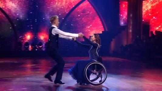 Bibian Mentel met haar danspartner Joost