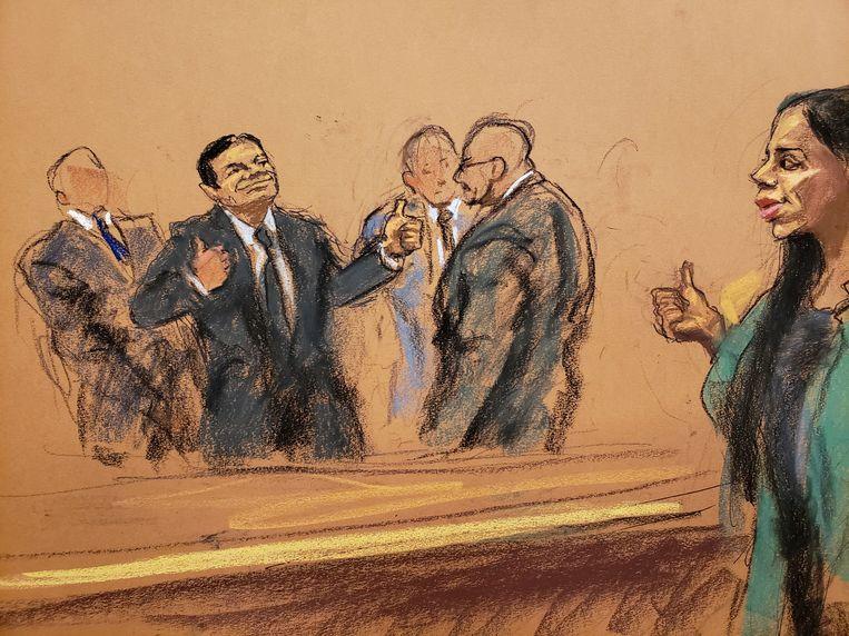 El Chapo en zijn vrouw Emma Coronel Aispuro geven elkaar het gebaar duim omhoog.