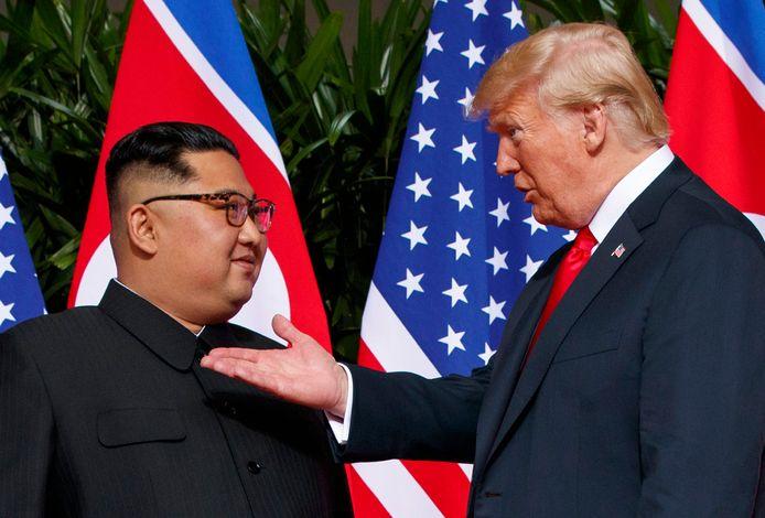 De eerste handdruk tussen Kim en Trump, vorig jaar in Singapore, was spectaculair, maar leverde niets concreets op.
