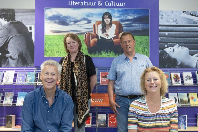 Janneke Meijer (rechts) met de andere commissieleden Anita Schuurman, Bob Faber (rechtsachter) en René Luks.