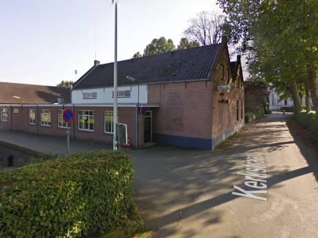 Dorpshuis wil af  van beheerders die er al 17 jaar wonen