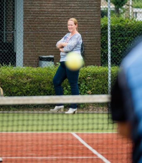 Leden mogelijk het schip in bij noodlijdende tennisvereniging Heino