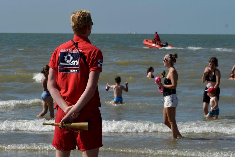 Redders op het strand van Blankenberge.