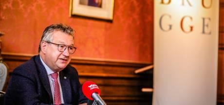 """Burgemeester Brugge biedt bpost oplossing in open brief: """"Schakel 'werkloze' mensen uit cultuur- en toerismesector in om pakjes te bezorgen"""""""