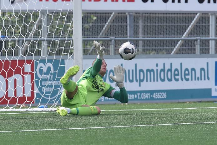 Doelman Patrick Jansen kan zich met csv Apeldoorn richten op de finale van de Apeldoorn Cup.