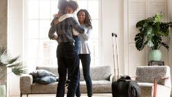 OPROEP. NINA zoekt mama's en papa's die na de scheiding om de week in het ouderlijke huis wonen i.p.v. hun kinderen