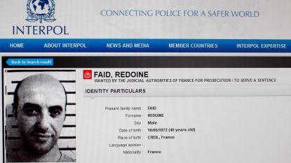 """""""Zware gangster die per helikopter ontsnapte uit Franse gevangenis zat in wagen met explosieven nabij Parijs"""""""