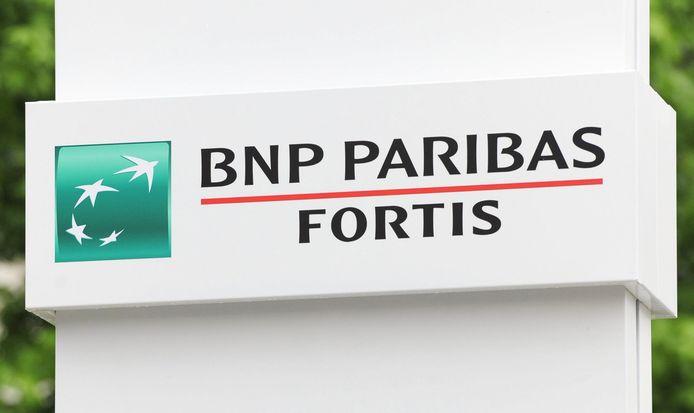 Het Belgische BNP Paribas Fortis gaat 4 op de 10 filialen sluiten.