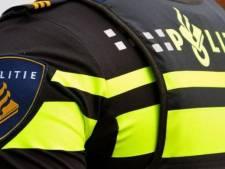 Politie zoekt getuigen van straatroof door drie mannen in Almelo