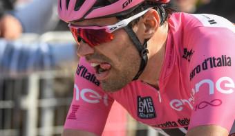 De Giro is een harde leerschool voor Dumoulin