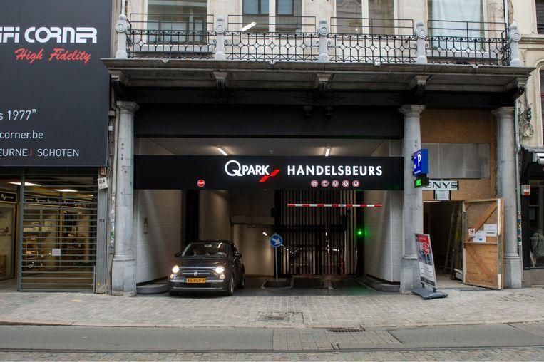 Met de bouw van de nieuwe parking Handelsbeurs geeft de stad een erg slecht signaal naar mobiliteit toe, vindt Dirk Lauwers