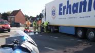 Moeizaam verkeer op ringweg door botsing met vrachtwagen