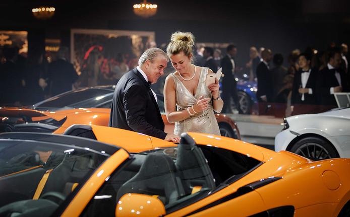 Foto ter illustatie. Bezoekers op het evenement Masters of LXRY - 'de miljonairs fair' - in de Amsterdamse RAI.