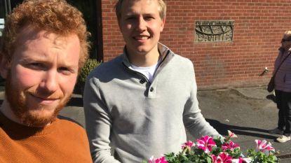 Jong Vld zet ziekenhuis en rusthuizen in de bloemetjes