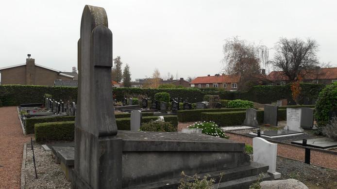De algemene begraafplaats aan de Kerkstraat in Hedel.