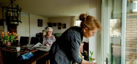 Wie in Hengelo krijgt straks nog goedkope huishoudelijke hulp?