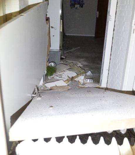Zwaar vuurwerk richt ravage aan in predikantenkamer Bredase kerk: 'Niet zomaar een rotje'