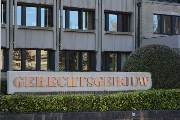 De man werd veroordeeld in de rechtbank van Veurne