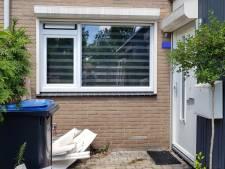 Politie valt woning binnen in Nijmeegse wijk Zwanenveld