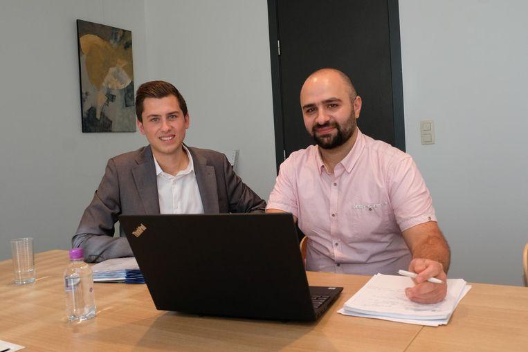 Iyad Aouf (35, r.) met zijn jonge mentor Yannick Van den Wouwer.