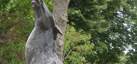 2000 euro voor wie gestolen beeld Montfoort terugbrengt bij kunstenaar