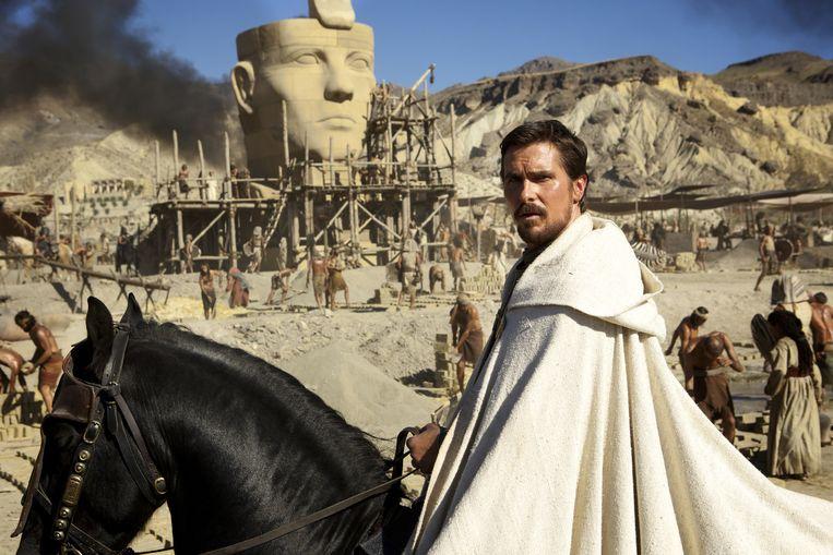 Christian Bale als Mozes in de film Exodus. Beeld null