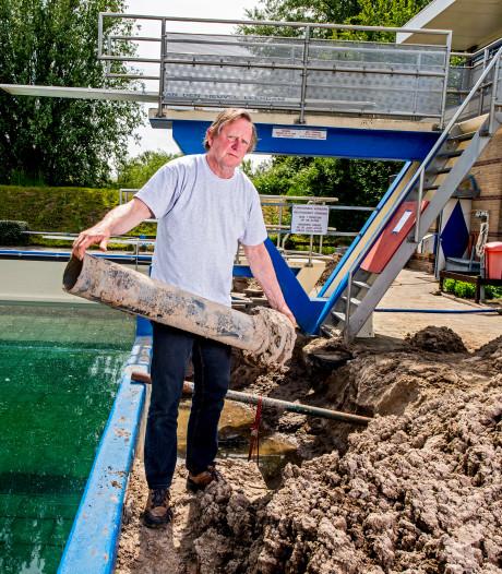 Rampstart voor zwembadseizoen van buitenbad Schuagt in Krimpen aan de Lek