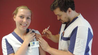 Gouden certificaat voor ziekenhuis Sint-Blasius: negentig procent medewerkers liet zich vaccineren tegen griep