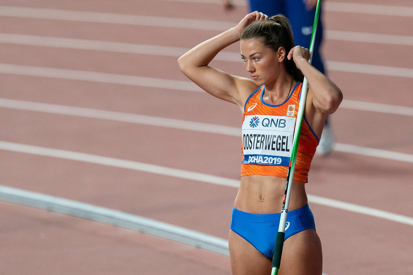 Emma Oosterwegel met de speer.