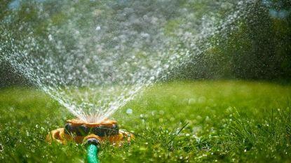 Burgemeester Oosterzele roept op om spaarzaam te zijn met water, minister Van den Heuvel steunt oproep