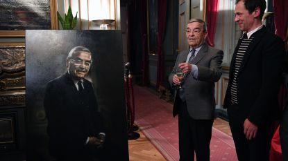 """Louis Tobback (sp.a) over portret in stadhuis van Leuven: """"Dirk Eelen heeft ervan gemaakt wat er van te maken viel en zelfs iets meer"""""""