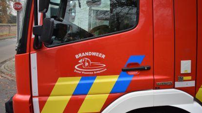 Brander vat vuur: bergruimte van bedrijf gaat in vlammen op