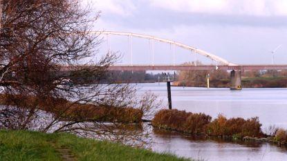 Nederlandse politie zoekt in kanaal naar lichaam van vermiste Johan van der Heyden