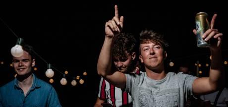 Hoeveel ruggengraat heeft Nederland nog over na maanden onder een donkere coronawolk?