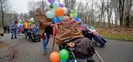 Na 40 jaar heeft De Losserhof weer een eigen carnavalsoptocht