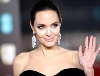 """Onderzoeker beweert: """"Angelina Jolie werkt voor de CIA"""""""
