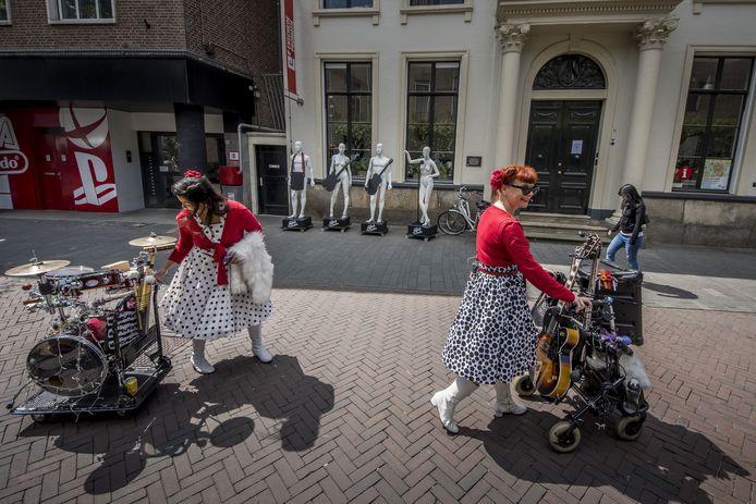 Geen Muziek in de straten dit jaar. Het centrum van Enschede kan extra aantrekkingskracht niet gebruiken.
