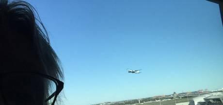 Deventer echtpaar mist repatriëringsvlucht vanuit Sidney: 'Vanuit onze hotelkamer zagen we hét vliegtuig vertrekken'