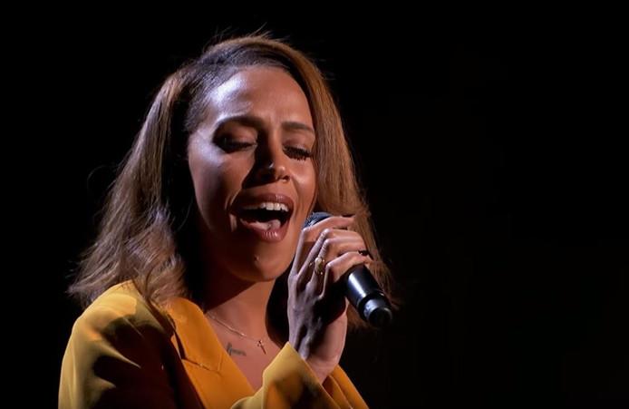 Glennis tijdens haar tweede auditie.