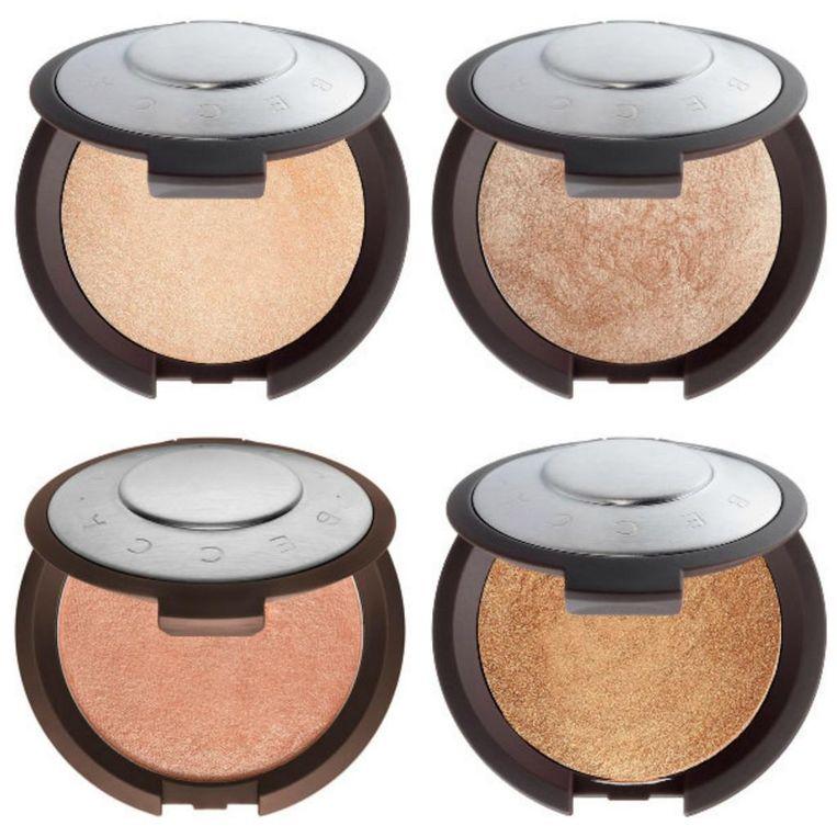 Dé bestsellers van het merk zijn de Shimmering Skin Perfector highlighter poeders, die omgerekend voor zo'n 34 euro over de toonbank gaan.