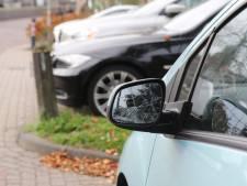 Meerdere auto's slachtoffer van vernieling in Schipluiden en Den Haag