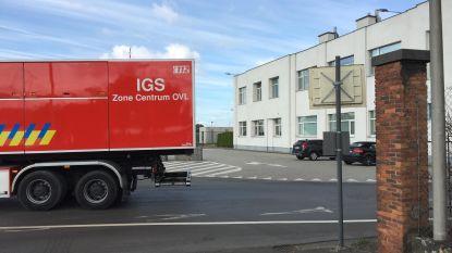 """Brandweer rukt uit naar chemisch bedrijf in Gentse haven: """"Even noodplan vanwege prikkelende witte nevel, situatie ondertussen onder controle"""""""